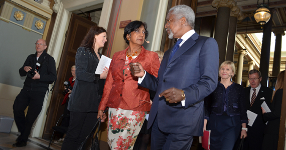 Navi Pillay, Kofi Annan and Margot Wallström enters the University Main Hall